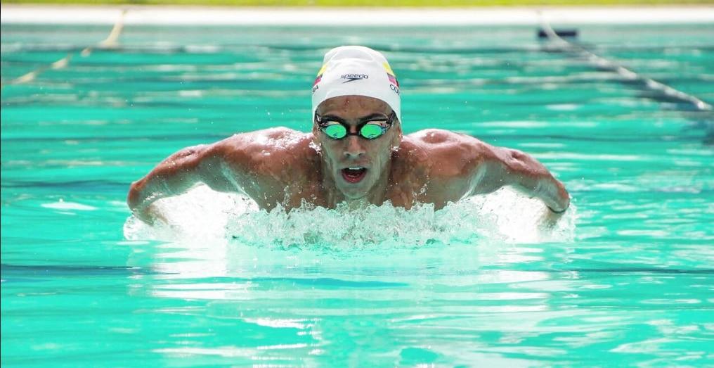 Julián Aranzazu, nadador colombiano, patrocinado por BBVA