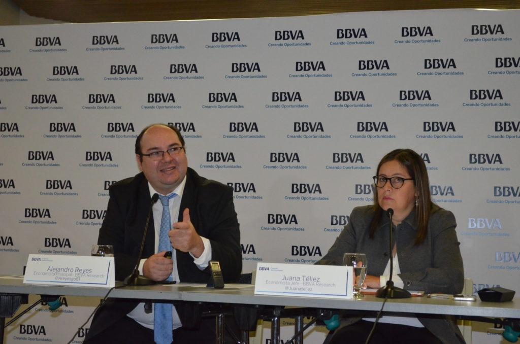 Crecimiento de la economía colombiana mejorará gradualmente en 2018 y 2019