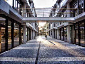 2. Calle Ciudad BBVA