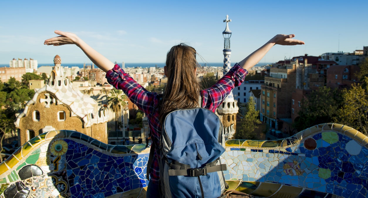 millennial-viaje-barcelona-joven-recurso-bbva