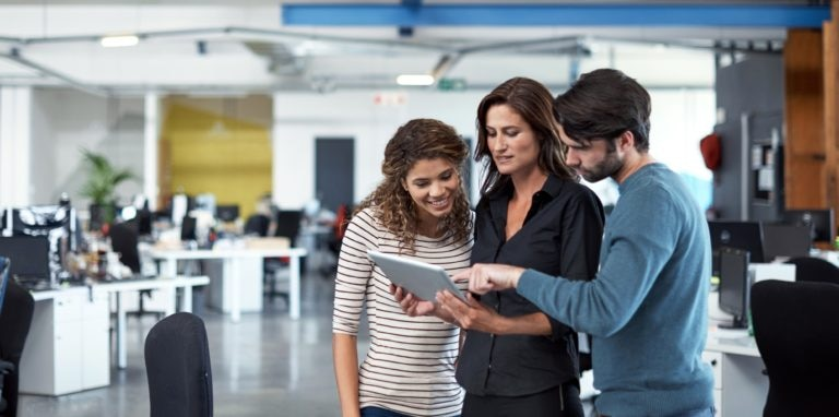 emprender-jovenes-trabajo-empresa-bbva