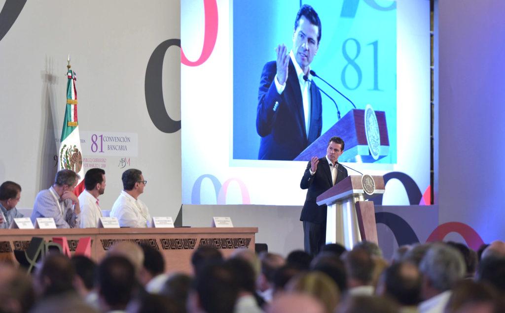 El presidente Enrique Peña Nieto en la Inauguración de la Convención Nacional Bancaria