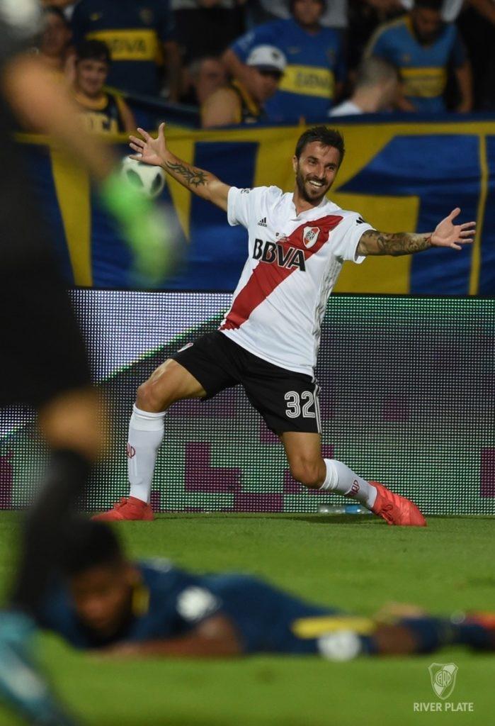 Socco festeja el segundo gol de River.