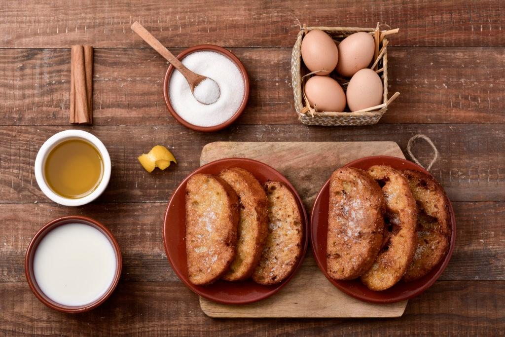 torrijas españolas_comida semana santa_recurso