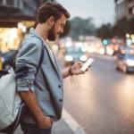 usuario-movil-banca-digital-smartphone-bbva