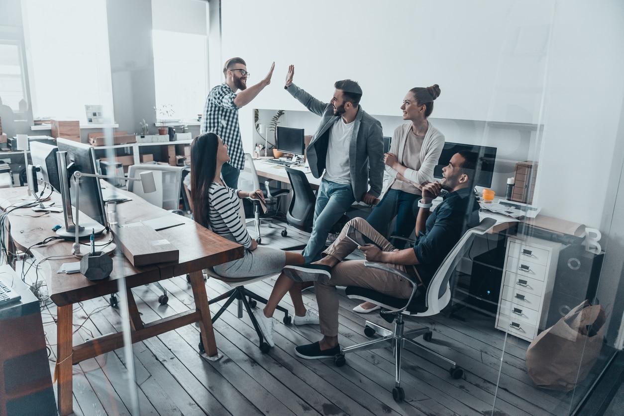 equipo startup empresa emprendedores emprendimiento trabajo recurso bbva