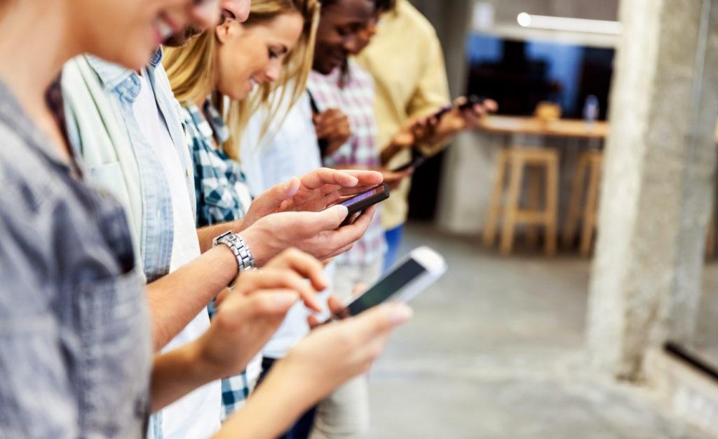 Los 'millennials' y su relación con las tecnologías financieras