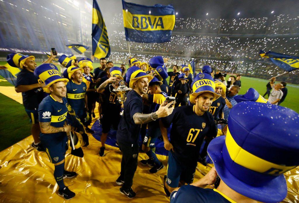 Los jugadores festejan en La Bombonera
