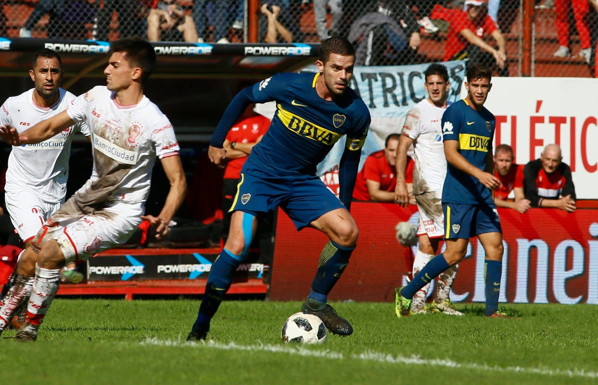 Fernando Gago volvió después de 7 meses