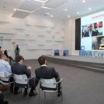El director de deportes de la Agencia Efe, Luis Villarejo (i) hoy , 09 de mayo del 2018 , durante la presentación de la Conferencia