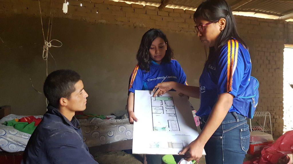 Fotografía de Emprendedor peruano, beneficiario de Construyendo Confianza-FMBBVA