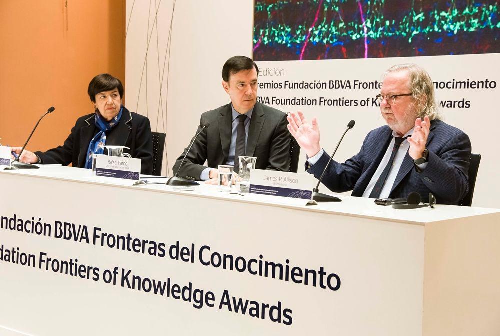 premios fronteras del conocimiento-cáncer-biomedicina-investigación-desarrollo-conocimiento-medicina-salud-vacuna-BBVA