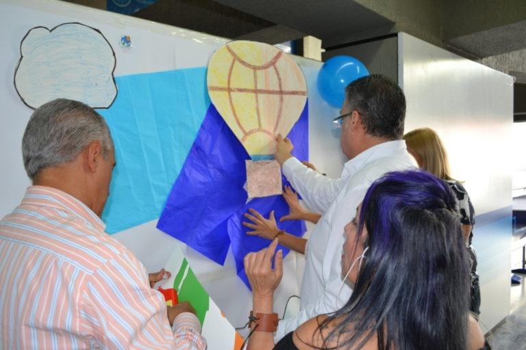 Construcción del mural de valores en el Values Day BBVA Provincial