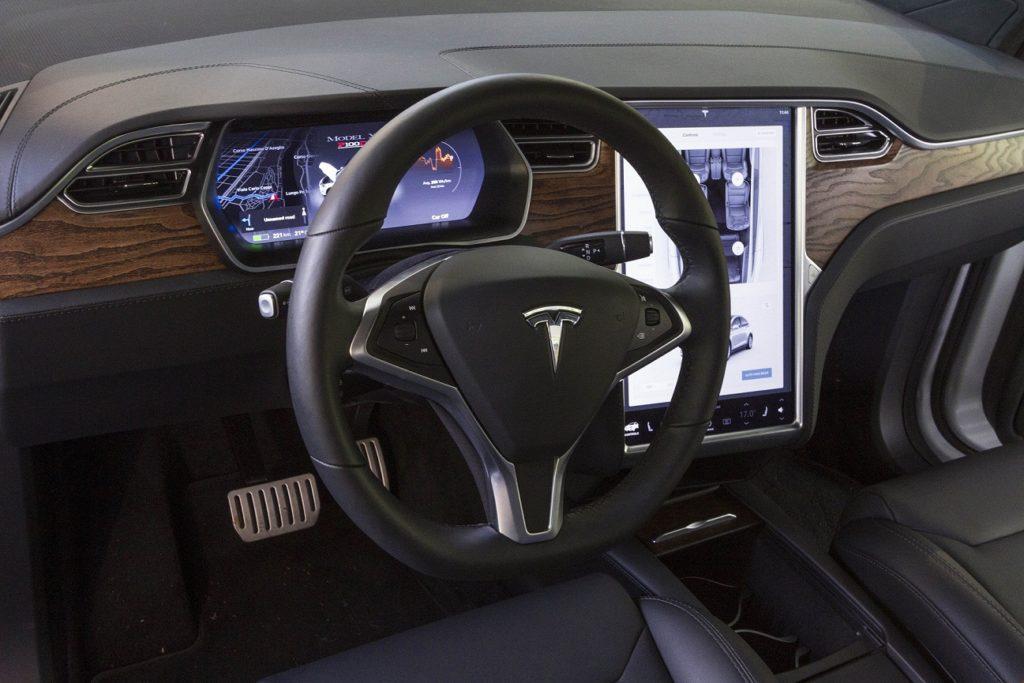 EFE tesla coche autonomo recurso bbva