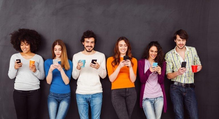 internet, conectividad, gente. jóvenes, móvil, aplicaciones recurso bbva