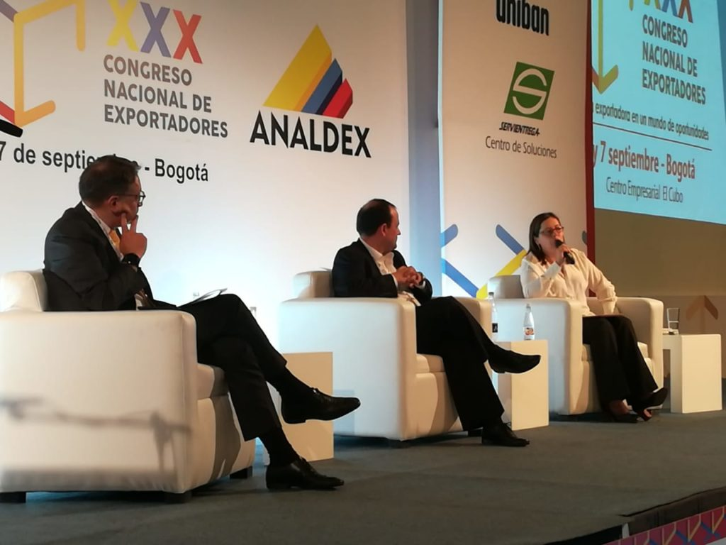 Panel Coyuntura en Analdex