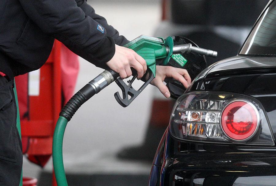 EFE-coches-economia-finanzas-automocion-fuel-recurso-BBVA