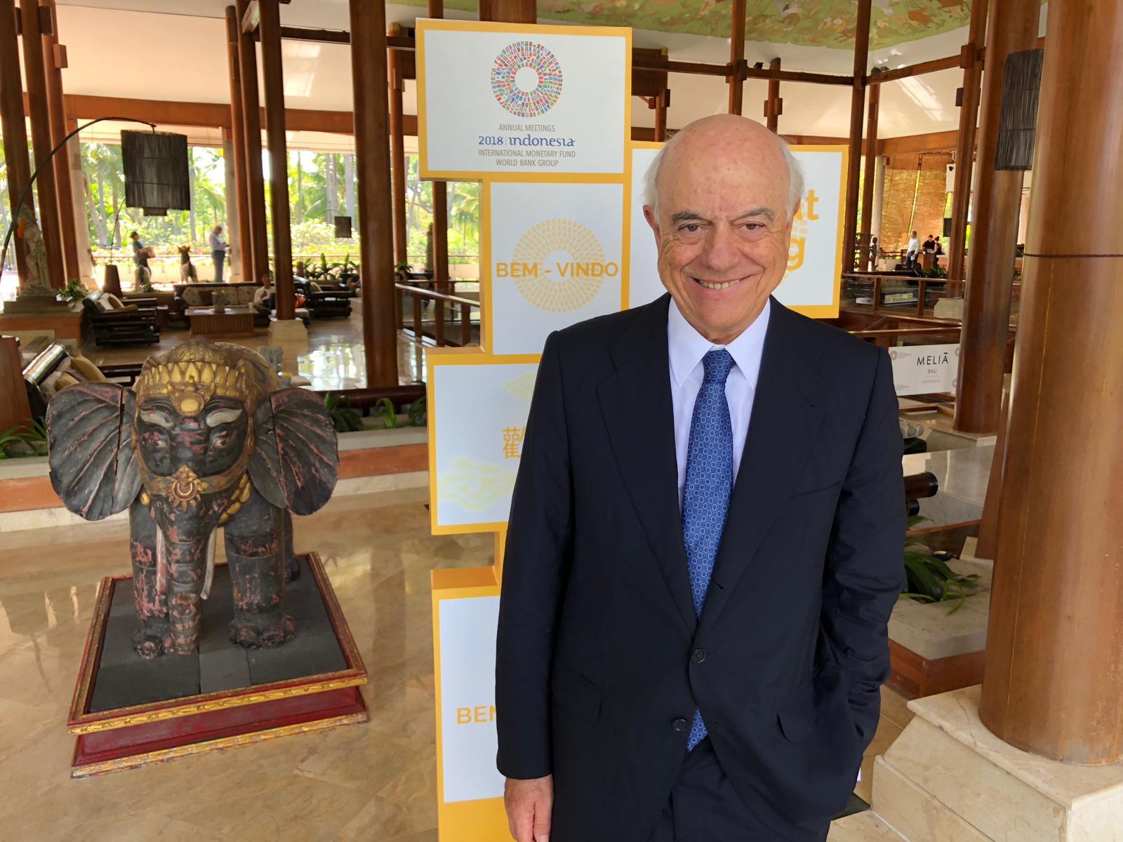 Francisco González, presidente de BBVA, en la asamblea anual del FMI y el Banco Mundial celebrada en Bali