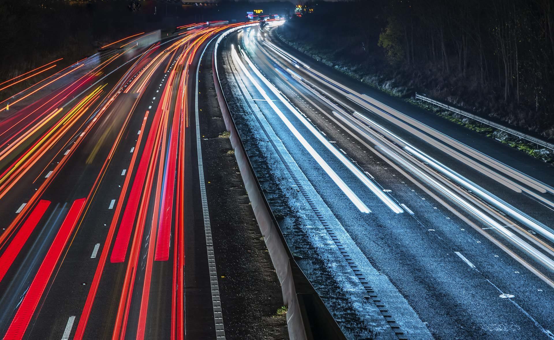 Fotografía de Blockchain, carretera, coches, luces, velocidad, noche, tecnología, conexiones