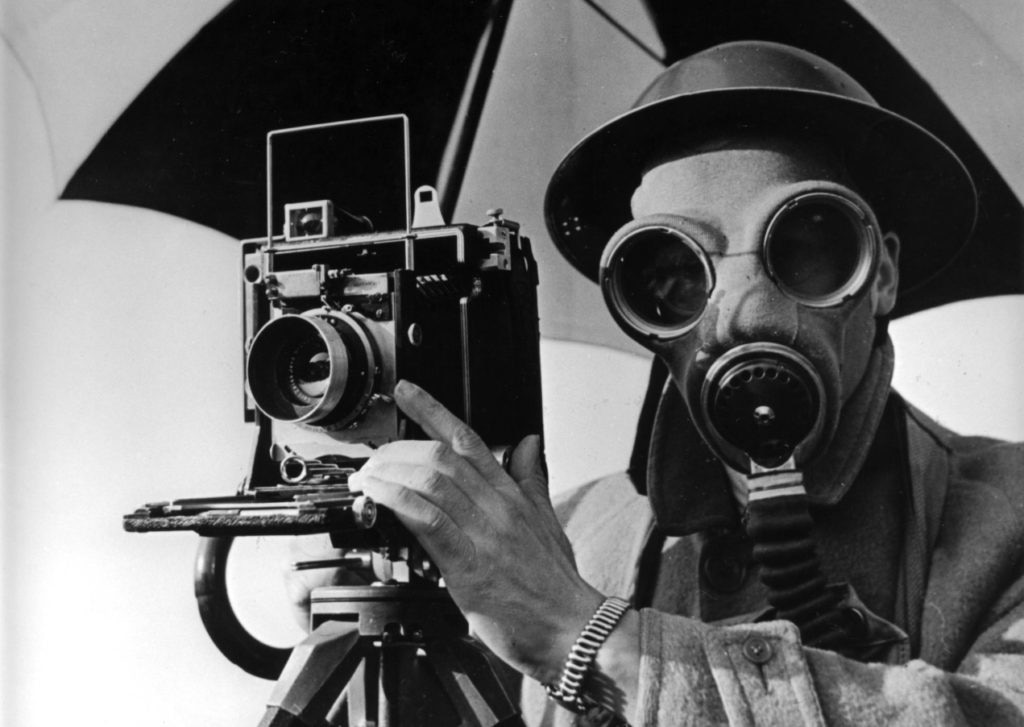 David E. Scherman, dressed for war, London, 1943