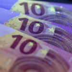 EFE-dinero-billetes-euro-economia-recurso-BBVA