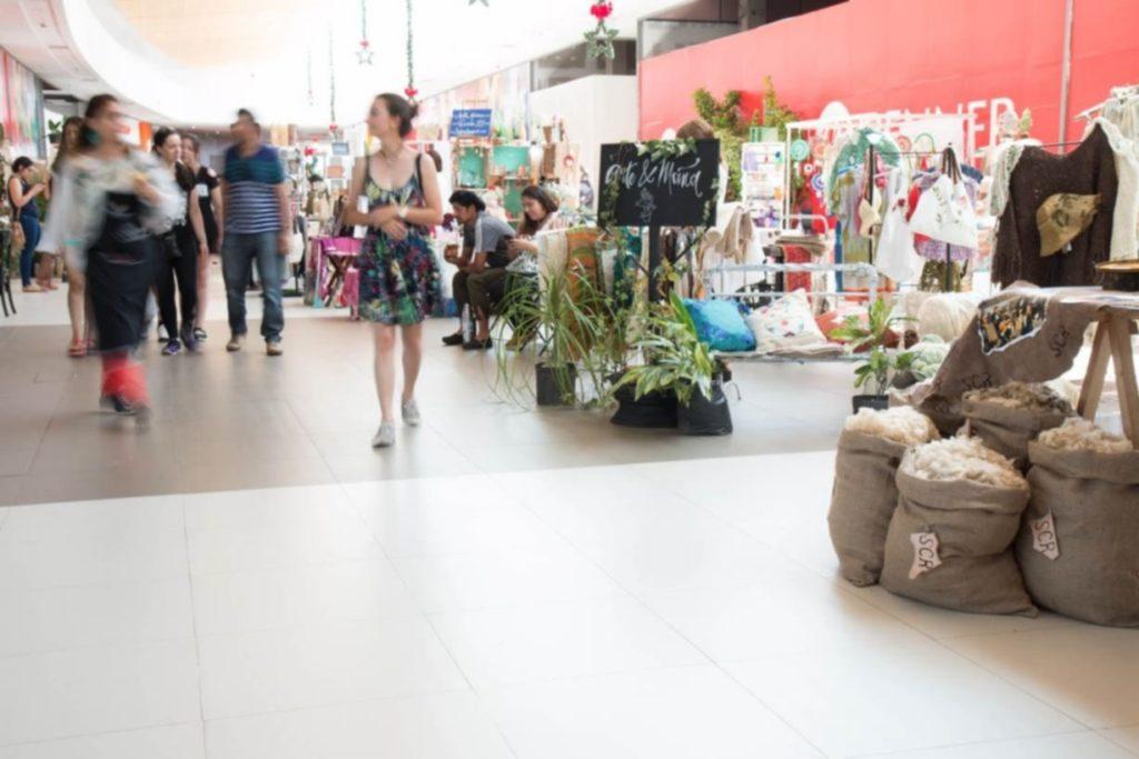 """Por segundo año consecutivo BBVA estará apoyado a la feria """"Arte y Artesanía"""" organizada por la Asociación Civil """"Mujeres Empresarias y Profesionales de Rivera"""" (Mepri)."""