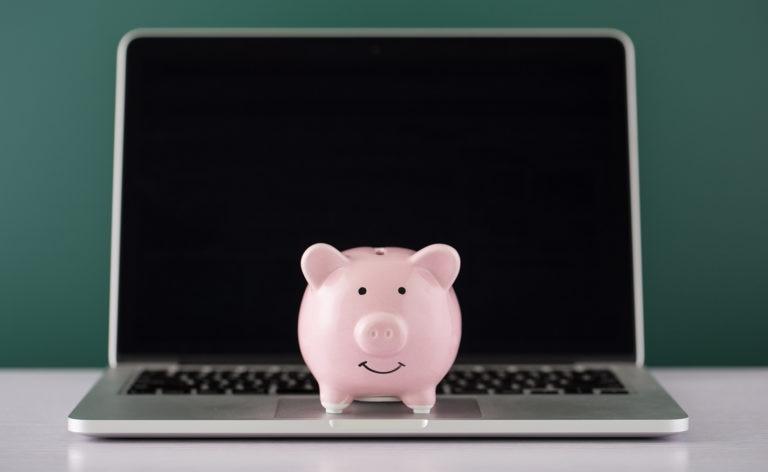 Tests-Economia-pruebas-saber-finanzas-conocimientos-ahorrar-cerdito-hucha-portatil-bbva