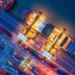 Fotografía de Comercio internacional, barco, embarcación, contenedor, transacción, banca transaccional