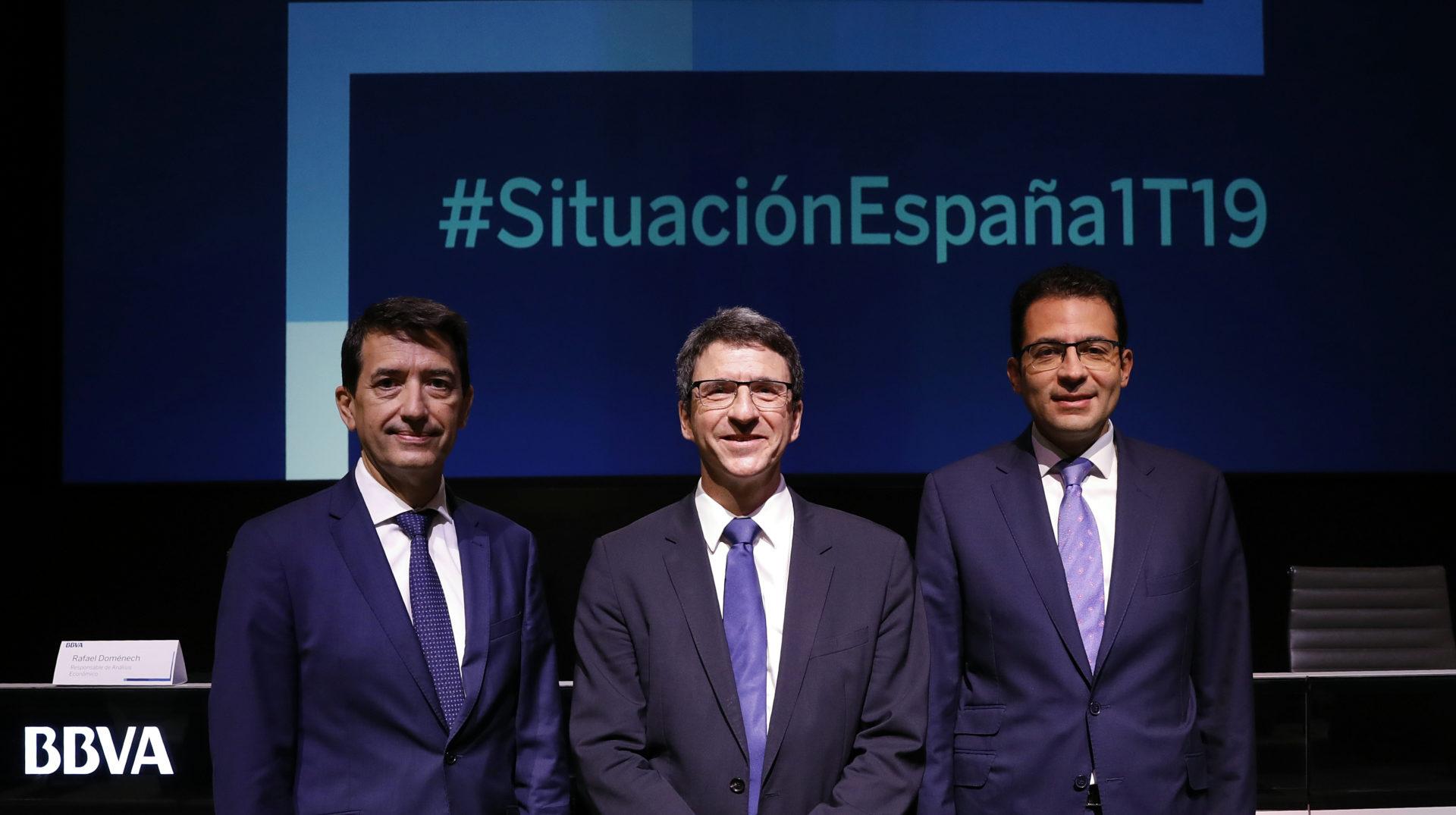 Rafael Doménech, Jorge Sicilia y Miguel Cardoso, de BBVA Research