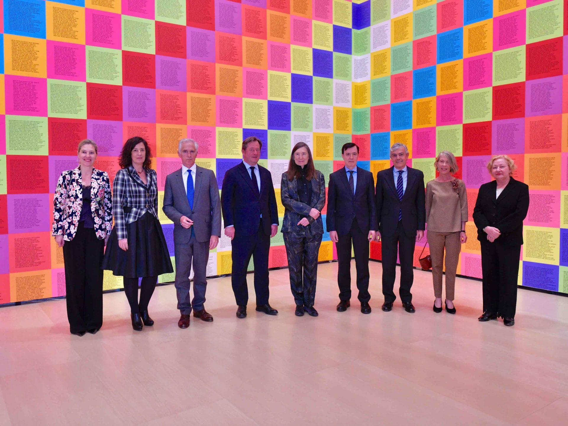 La Fundación BBVA inaugura exposición de Holzer en el Museo Guggenheim Bilbao
