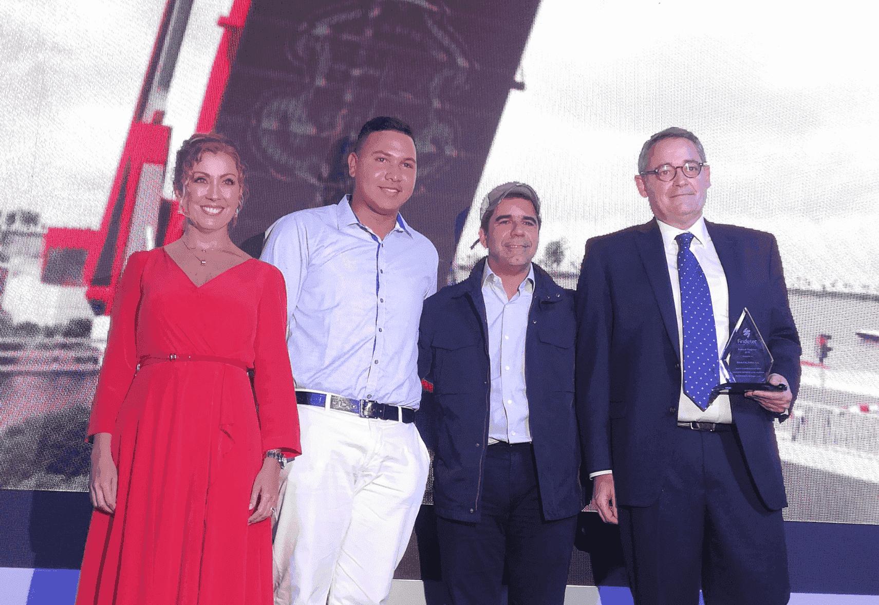 BBVA Colombia recibe premio de Findeter