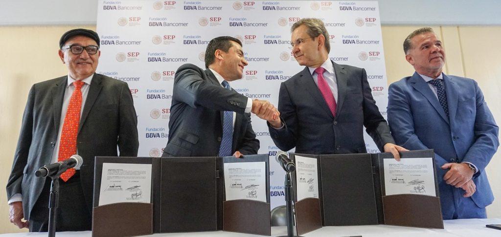 Firma de Convenio Olimpiada del Conocimiento Infantil Eduardo Osuna Esteban Moctezuma