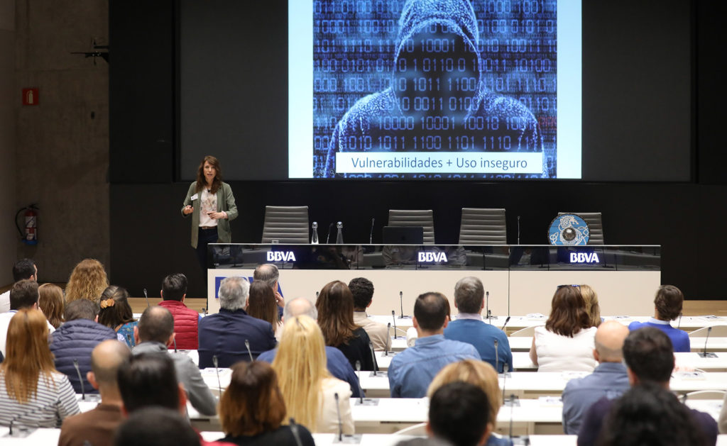dia_ciberseguridad_charla_ponencia_recurso_bbva