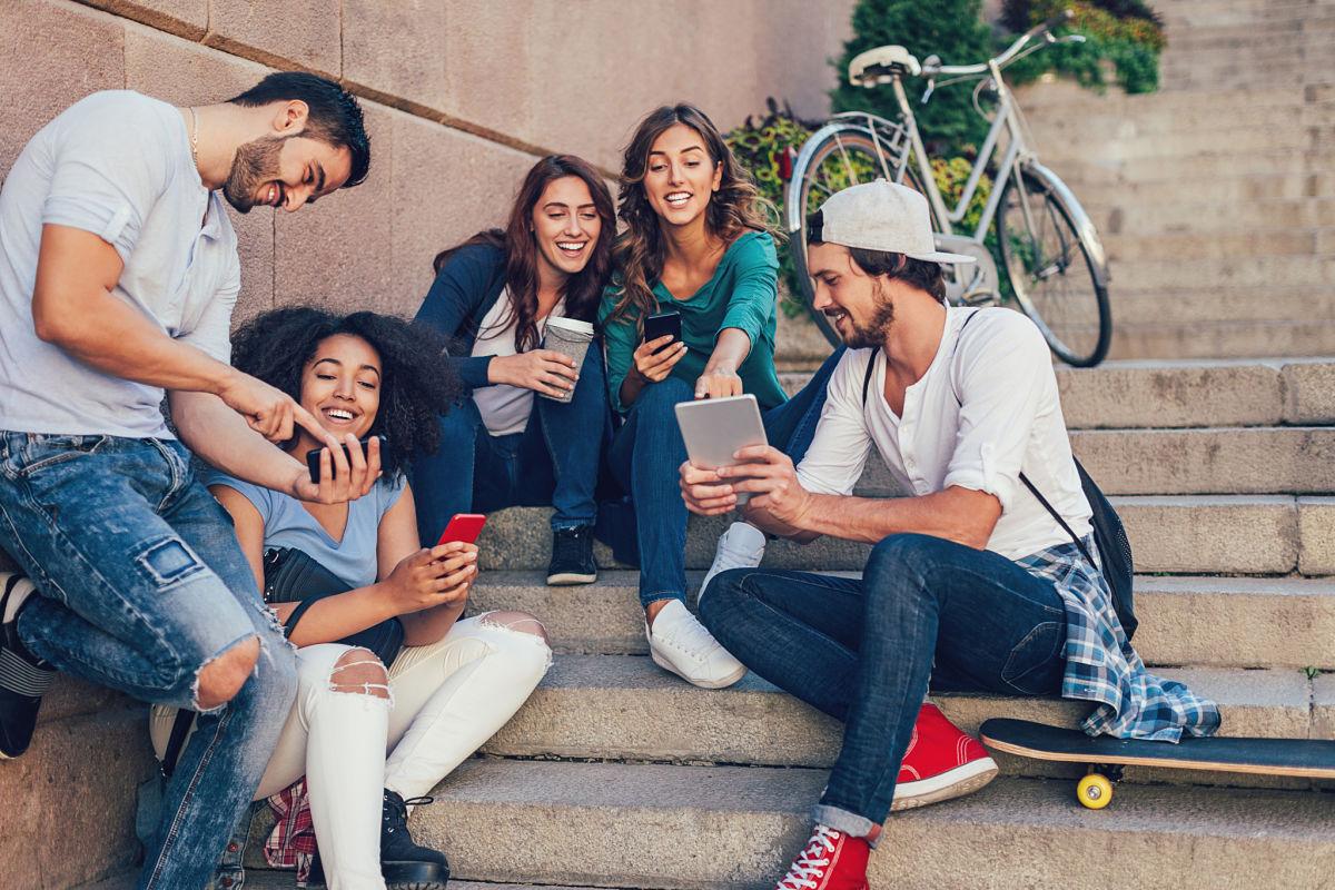 joevenes_adolescentes_smartphone_app_recurso_bbva