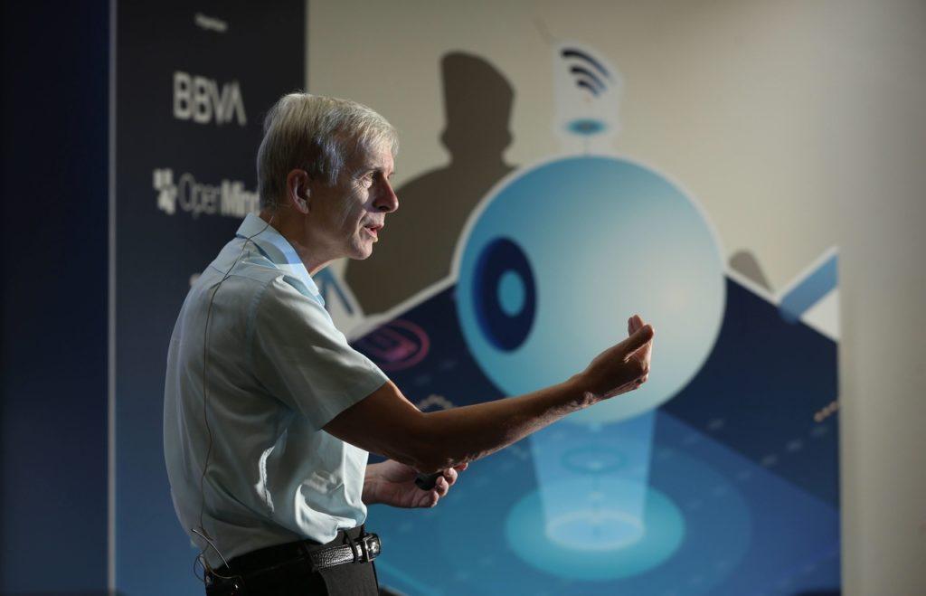 Kevin_Warwick_inteligencia_artificial_openmind_recurso_bbva