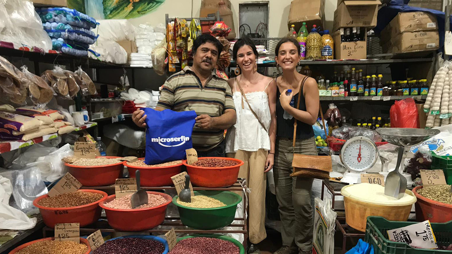 Fotografía de Becas DIME Fundación Microfinanzas BBVA