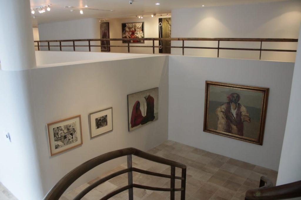 paralelismos plásticos en el instituto veracruzanos de cultura 1 escaleras