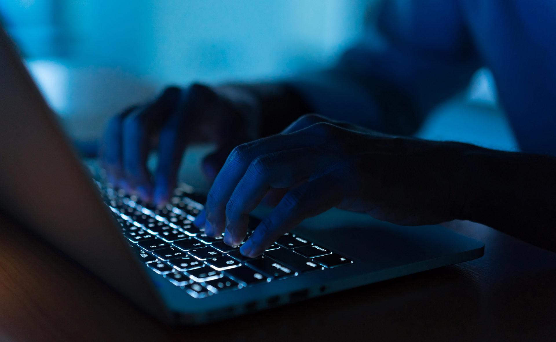 vishing-fraude-digital-ciberdelincuencia-robo cuentas-plagio identidad-bbva