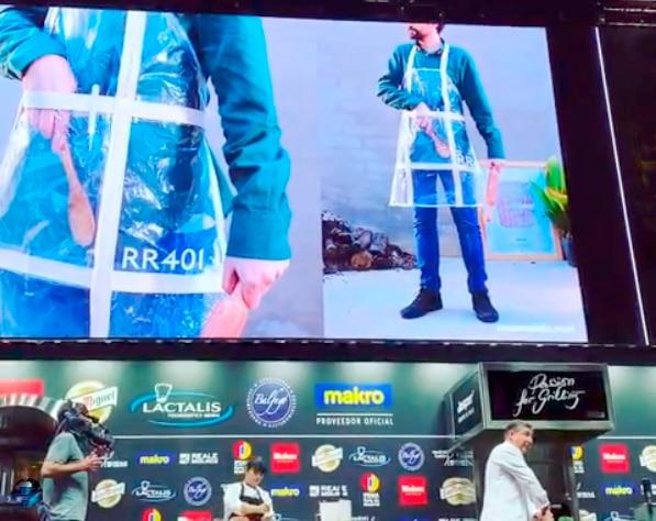 Joan Roca prensenta en Madrid Fusión 2019 los delantales de Roca Recicla