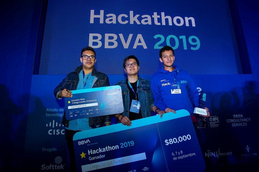ganadores del Hackathon BBVA 2019 México-baja