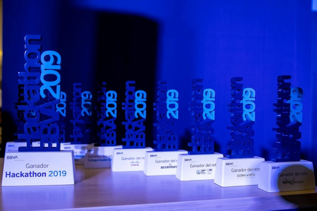 premios Hackathon BBVA 2019 México