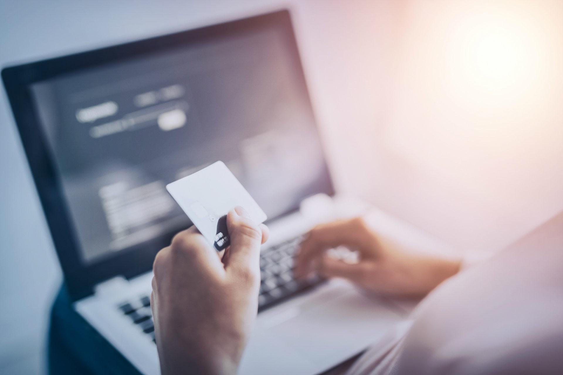 ¿Cómo proceder ante problemas con compras en línea?