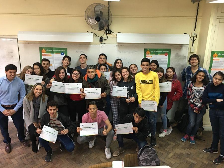 BBVA-JuniorAchievement-Taller-FinanzasPersonales-Argentina