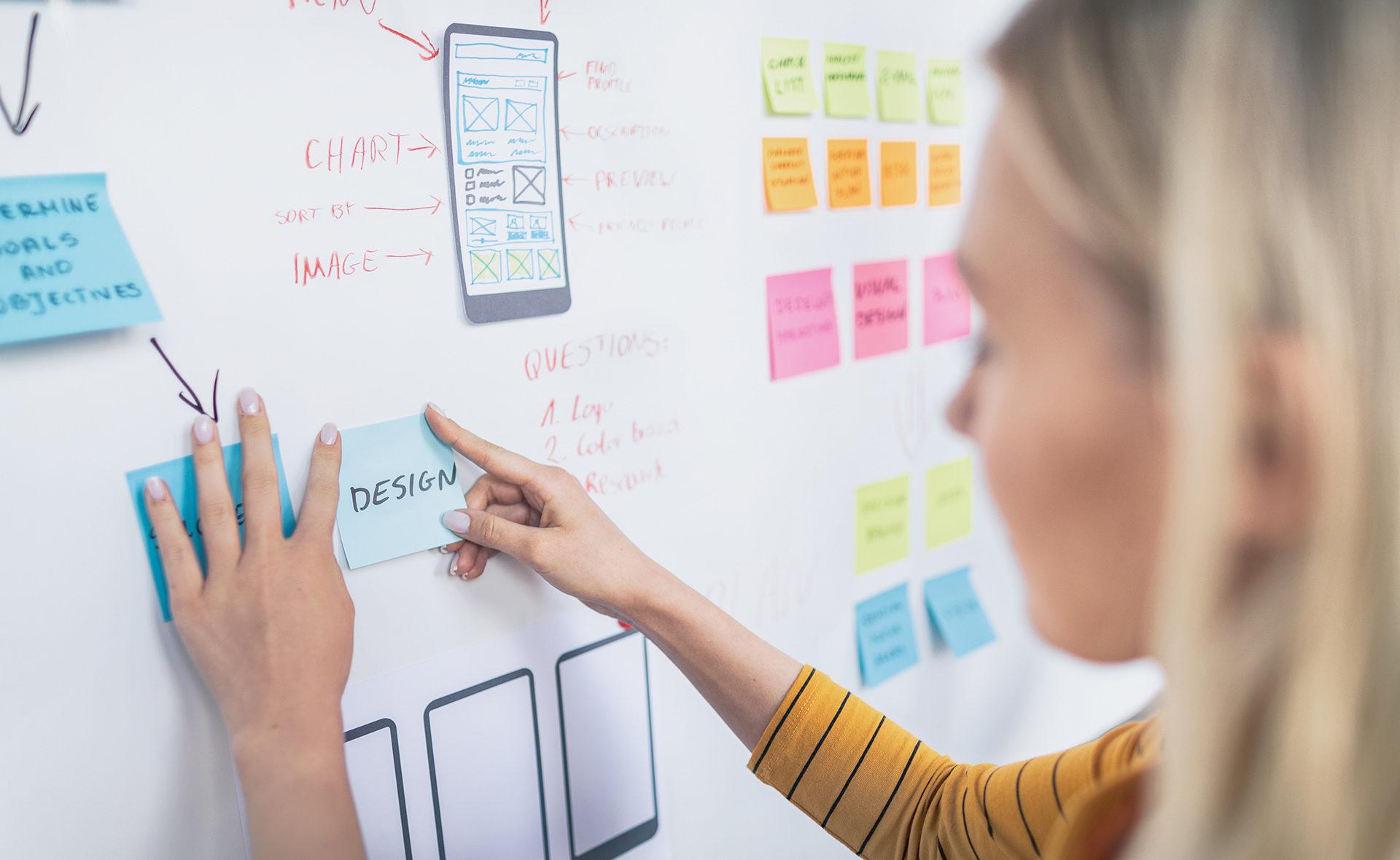 BBVA-perfil-diseñadores-mujer-agile-trabajo-gestion-emprendedor