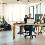 coworking-empresas-emprendimiento-trabajo-equipo-emprendedores-