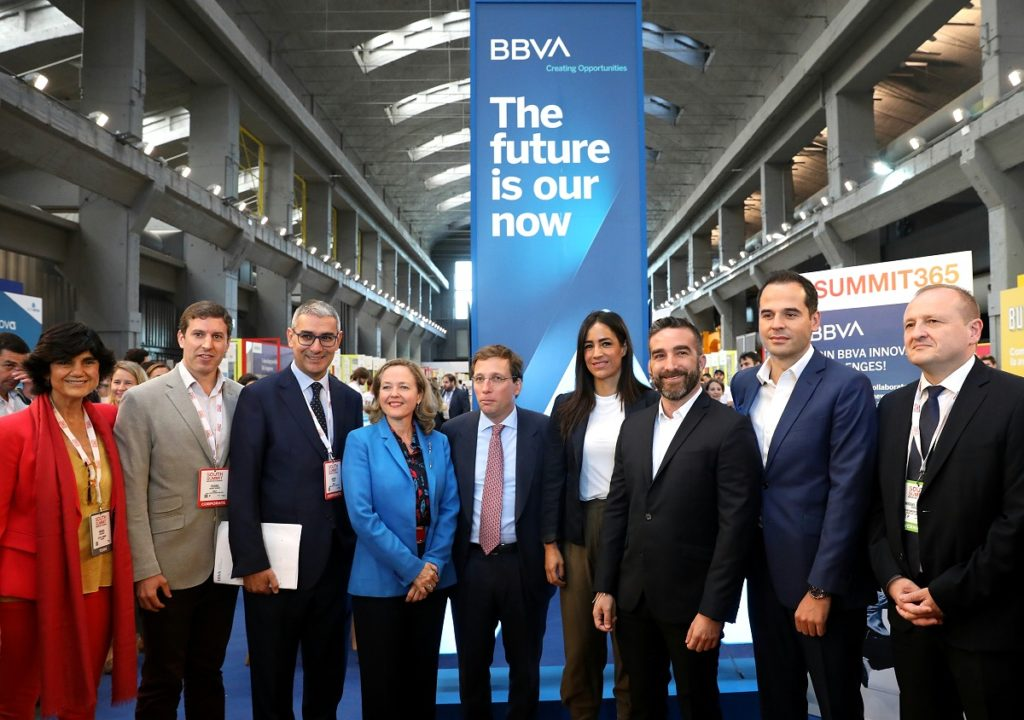 foto-grupo-south-summit-stand-bbva
