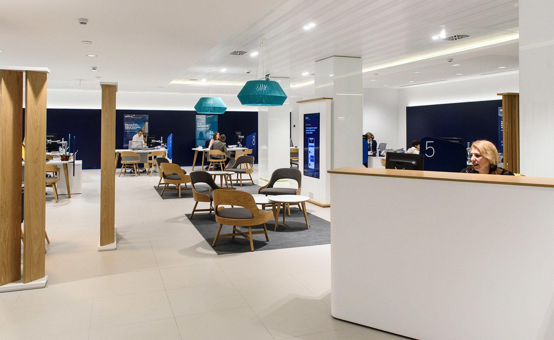 Interior oficina BBVA en España