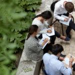 BBVA-Estudiantes-jornada-laboral-banco-bbva-programa-educación-prácticas