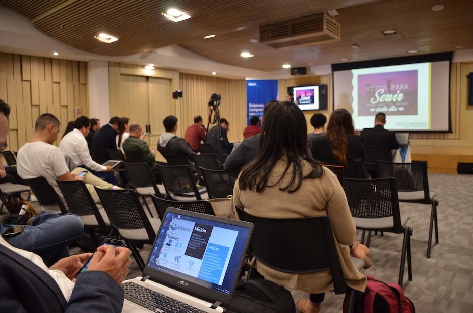 Sesión de pitch durante la clausura de BBVA Momentum.