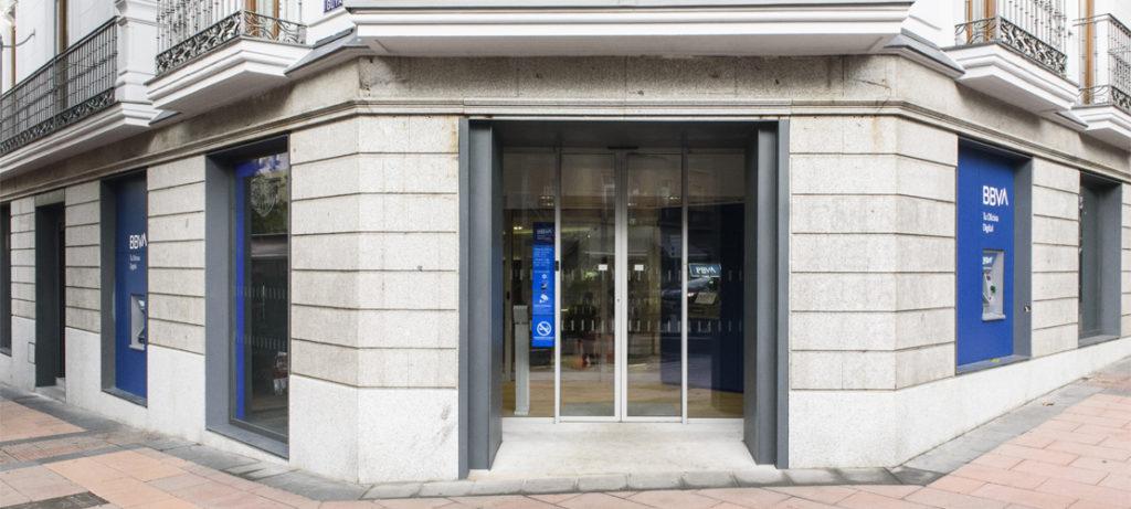 Exterior oficina BBVA en España